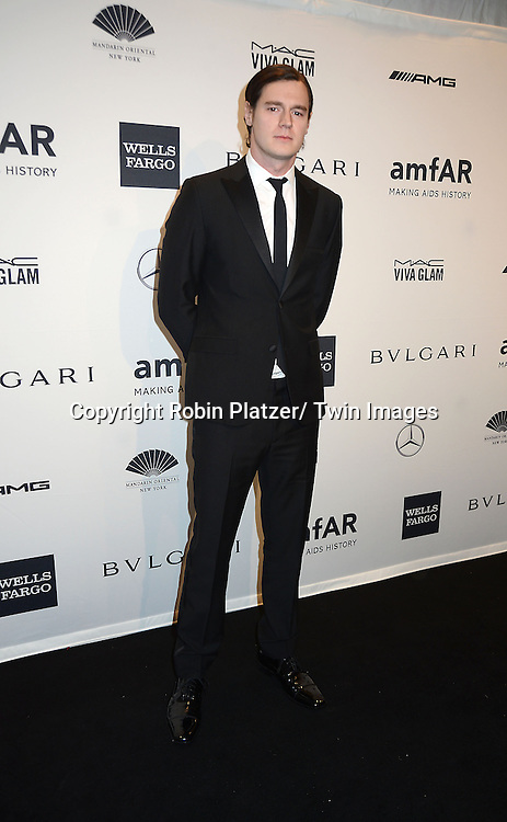 Benjamin Walker attends the amfAR New York Gala on February 5, 2014 at Cipriani Wall Street in New York City.