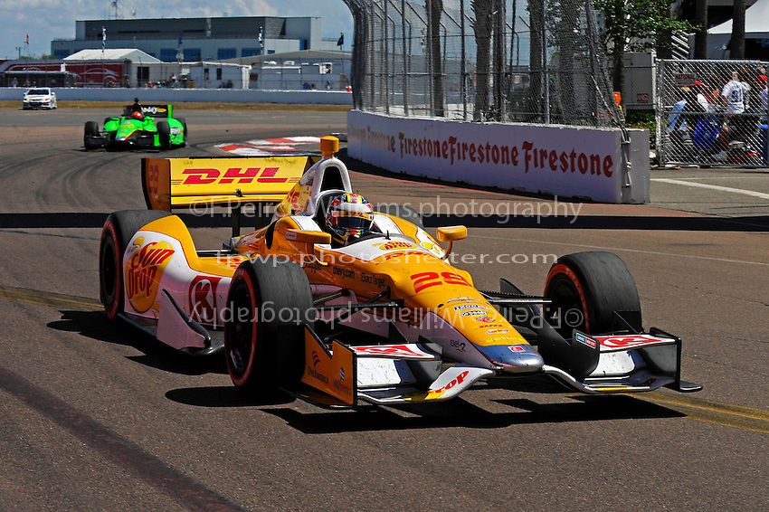Ryan Hunter-Reay (#28) and James Hinchcliffe (#27)