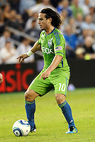 Mauro Rosales (10) midfielder Seattle Sounders in action..... Sporting Kansas City were defeated 1-2 by Seattle Sounders at LIVESTRONG Sporting Park, Kansas City, Kansas.