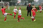 Foto: VidiPhoto<br /> <br /> CUIJK - Spelertjes van de E-1 van JVC Cuijk spelen zaterdag gelijk in hun thuiswedstrijd. Het elftal figureert in het boek &quot;Gras Natuurlijk&quot; dat binnenkort verschijnt.