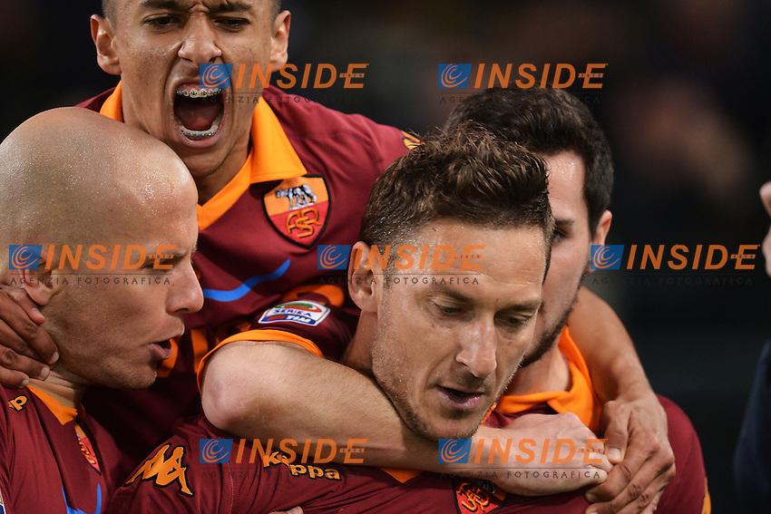 Esultanza di Francesco Totti dopo il gol su calcio di rigore 1-1.Goal celebration .Roma 08/04/2013 Stadio Olimpico.Football Calcio 2012/2013 Serie A.Roma Vs Lazio .Foto Andrea Staccioli Insidefoto