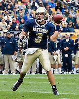 30 September 2006: Pitt quarterback Tyler Palko..The Pitt Panthers defeated the Toledo Rockets 45-3 on September 30, 2006 at Heinz Field, Pittsburgh, Pennsylvania.