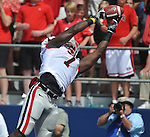 Georgia tight end Orson Charles (7) makes a two yard touchdown catch against Mississippi at Vaught-Hemingway Stadium in Oxford, Miss. on Saturday, September 24, 2011.