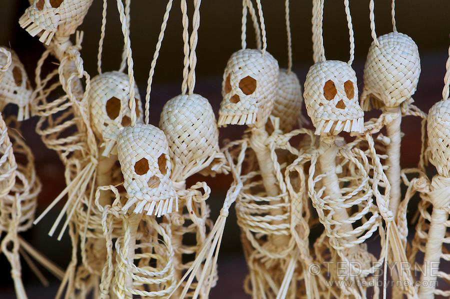 Handcrafted skeleton string figures