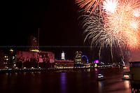 "09.09.2012 - ""The Mayor's Thames Festival 2012"": Fireworks Finale"