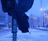 WARSAW, POLAND, FEBRUARY 2012:.Winter morning view of central Warsaw..(Photo by Piotr Malecki / Napo Images)..Luty 2012:.Wczesny poranek w centrum Warszawy. Okolo 500 tysiecy osob dojezdza codziennie z innych miast do pracy w Warszawie.  .Fot: Piotr Malecki / Napo Images.