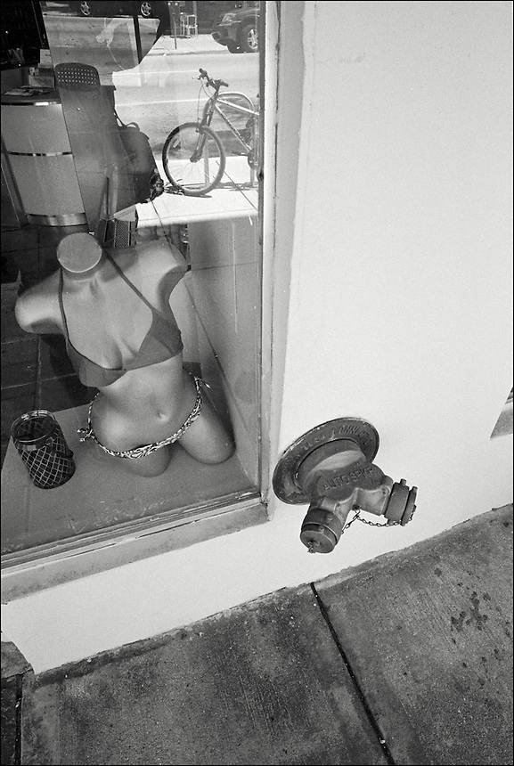 "From ""Miami in Black and White"" series. North Miami Beach, 2010."