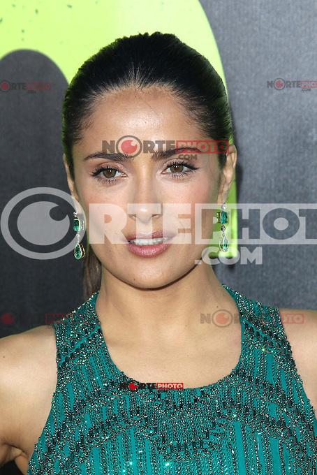 Salma Hayek at the Premiere of Universal Pictures' 'Savages' at Westwood Village on June 25, 2012 in Los Angeles, California. &copy;&nbsp;mpi35/MediaPunch Inc. /&Acirc;&uml;NORTEPHOTO&Acirc;&uml;<br /> **SOLO*VENTA*EN*MEXICO** **CREDITO*OBLIGATORIO** *No*Venta*A*Terceros* *No*Sale*So*third* *** No Se Permite Hacer Archivo** *No*Sale*So*third*&Acirc;&copy;Imagenes con derechos de autor,&Acirc;&copy;todos reservados. El uso de las imagenes est&Atilde;&iexcl; sujeta de pago a nortephoto.com El uso no autorizado de esta imagen en cualquier materia est&Atilde;&iexcl; sujeta a una pena de tasa de 2 veces a la normal. Para m&Atilde;&iexcl;s informaci&Atilde;&sup3;n: nortephoto@gmail.com* nortephoto.com.