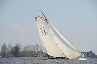 SKUTSJESILEN: LANGWEER: Langwarder Wielen, 13-04-2013, Skûtsjesilen Langwar, skûtsje De Frisia, ©foto Martin de Jong