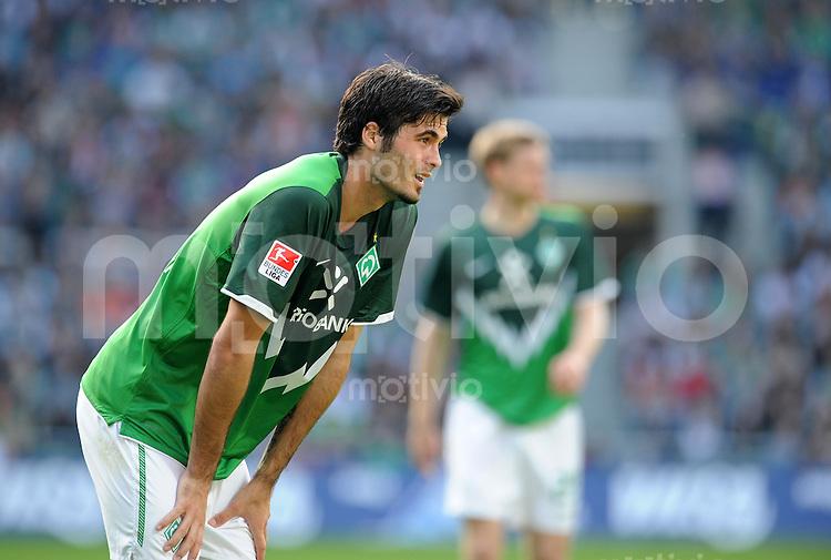 FUSSBALL   1. BUNDESLIGA   SAISON 2010/2010   28. Spieltag SV Werder Bremen - VfB Stuttgart                         02.04.2011 Denni AVDIC (Bremen)