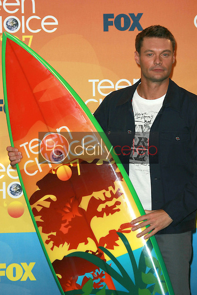 Ryan Seacrest<br />in the press room of the 2007 Teen Choice Awards. Gibson Amphitheater, Universal City, CA. 08-26-07<br />Dave Edwards/DailyCeleb.com 818-249-4998