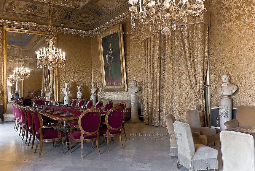 Palermo; palazzo delle aquile.<br /> Palermo: Palazzo delle Aquile (town hall) interiors.