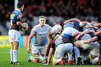 Tom Ellis of Bath Rugby looks on at a scrum. Aviva Premiership match, between Harlequins and Bath Rugby on November 27, 2016 at the Twickenham Stoop in London, England. Photo by: Patrick Khachfe / Onside Images