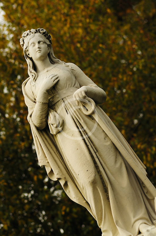 Canada, Montreal, Mount Royal Cemetery, statue on tombstone