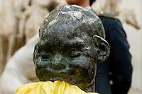 Restituzione della testa del piccolo satiro rubata dalla «Fonte Gaia» a Villa Borghese