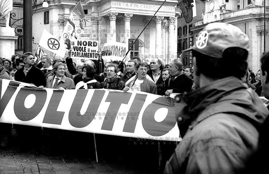Roma 5 Dicembre 1999.Manifestazione della Lega Nord per la Devolution.  Umberto Bossi.Rome, Dec. 5, 1999.Manifestation of the Northern League for Devolution