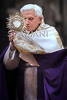 The first Vespers Pope Benedict XVI  in the St. Peter's Basilica in Vatican on November 27, 2010