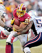 Washington Redskins running back Roy Helu (29) carries the ball in the second quarter against the New England Patriots at FedEx Field in Landover, Maryland on Sunday December 11, 2011.  The Patriots won the game 34 - 27..Credit: Ron Sachs / CNP.(RESTRICTION: NO New York or New Jersey Newspapers or newspapers within a 75 mile radius of New York City)
