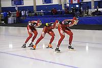 SCHAATSEN: CALGARY: Olympic Oval, 09-11-2013, Essent ISU World Cup, Team Pursuit, Longjiang Sun, Guojun Tian, Yiming Liu (CHN), ©foto Martin de Jong