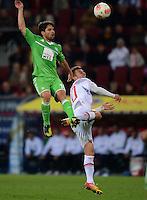 FUSSBALL   1. BUNDESLIGA  SAISON 2012/2013   3. Spieltag FC Augsburg - VfL Wolfsburg           14.09.2012 Diego (li, VfL Wolfsburg) gegen Daniel Baier (FC Augsburg)