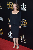 BEVERLY HILLS, CA. November 6, 2016: Actress Natalie Portman at the 2016 Hollywood Film Awards at the Beverly Hilton Hotel.<br /> Picture: Paul Smith/Featureflash/SilverHub 0208 004 5359/ 07711 972644 Editors@silverhubmedia.com