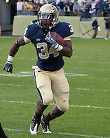Pittsburgh running back Ray Graham. Pittsburgh Panthers defeat the University of Connecticut Huskies 24-21 on October 10, 2009 at Heinz Field, Pittsburgh, PA.