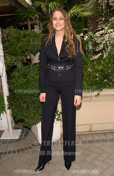 Actress LEELEE SOBIESKY at Premiere Magazine's Women in Hollywood luncheon at the Four Seasons Hotel, Beverly Hills.  She was honored with the magazine's Spotlight Award for Emerging Talent..22OCT2001.  © Paul Smith/Featureflash