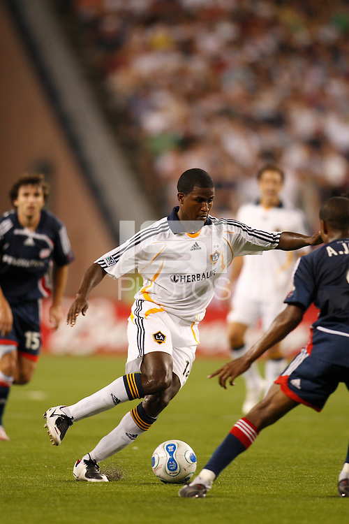 Los Angeles Galaxy forward (14) Edson Buddle. The New England Revolution defeated the Los Angeles Galaxy  1-0 during an MLS regular season match at Gillette Stadium, Foxborough, MA, on August 12, 2007.