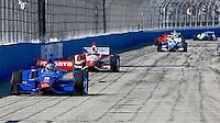 Ryan Briscoe leads a pack of cars, Milwaukee Indy Fest 250, Milwaukee Mile Speedway, Milwaukee, WI, August 2014.  (Photo by Brian Cleary/www.bcpix.com)