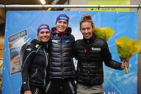 SCHAATSEN: DEVENTER: IJsbaan De Scheg, 16-10-2016, Holland Cup, Podium 3000m Dames, Linda de Vries, Reina Anema, Janneke Ensing, ©foto Martin de Jong