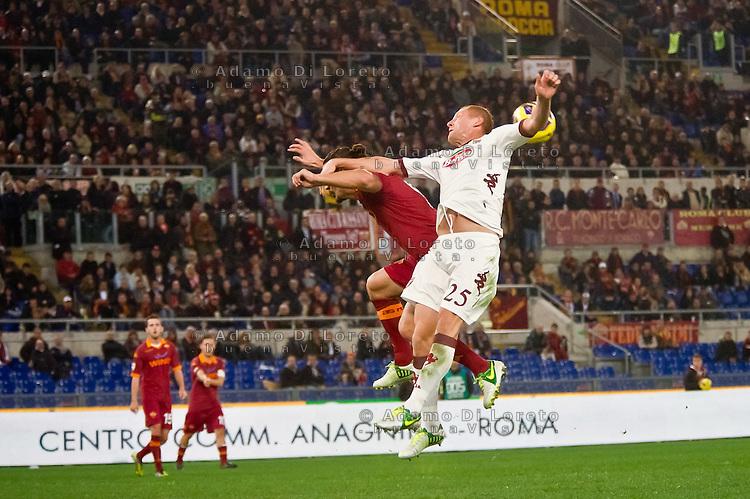 ROMA (RM) 19/11/2012: SERIE A TREDICESIMA GIORNATA ROMA - TORINO. INCONTRO VINTO DALLA ROMA PER 2 A 0. NELLA FOTO  FOTO OSVALDO ROMA GLIK TORINO ADAMO DI LORETO/