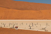 Hikers, Sossusvlei, Namib-Naukluft National Park, Namibia