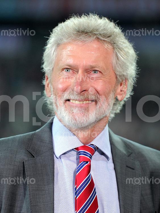 FUSSBALL   CHAMPIONS LEAGUE  VIERTELFINAL RUECKSPIEL   2011/2012      FC Bayern Muenchen - Olympic Marseille          03.04.2012 Paul Breitner (FC Bayern Muenchen)