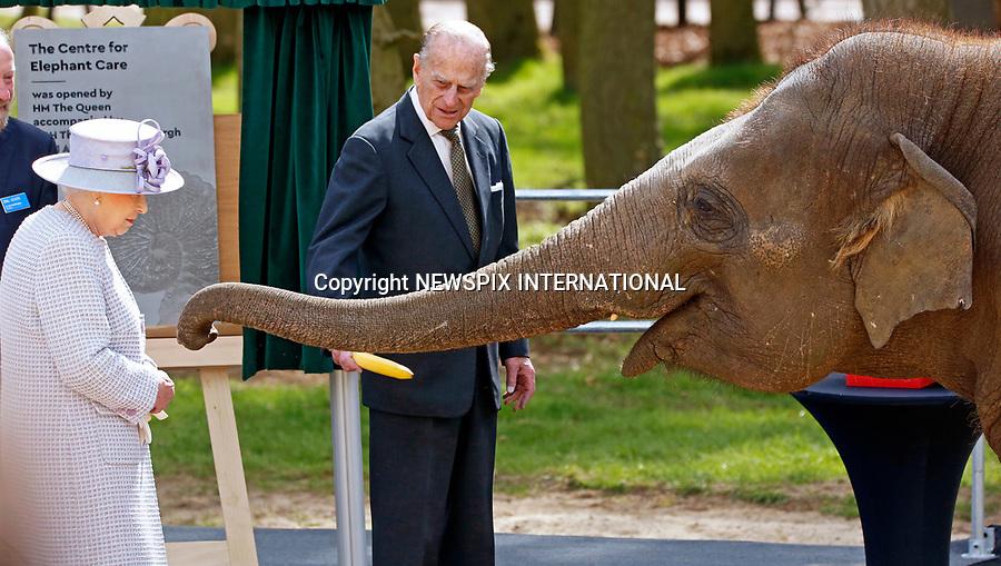 Queeen Elizabeth Meets Donna The Elephant