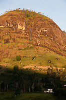 Pedra Bonita_MG, Brasil...Casa em uma paisagem rural em Pedra Bonita...A house in the rural landscape in Pedra Bonita...Foto: LEO DRUMOND / NITRO