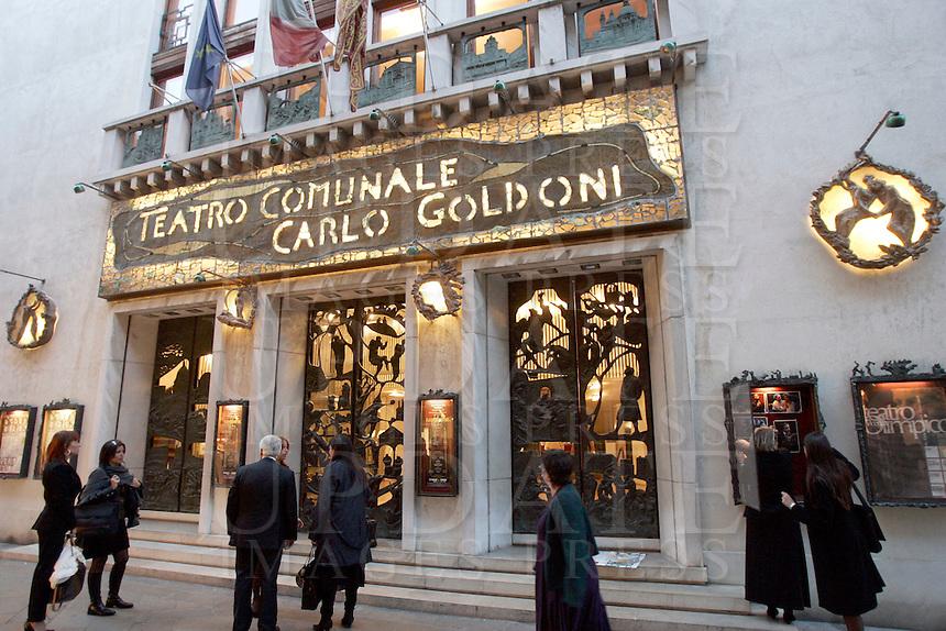 L'entrata del Teatro Goldoni a Venezia.<br /> The entrance of the Goldoni theater in Venice.<br /> UPDATE IMAGES PRESS/Riccardo De Luca