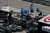 20-21 Febuary, 2012 Birmingham, Alabama USA.Will Power and the Penske crew on pit lane.(c)2012 Scott LePage  LAT Photo USA