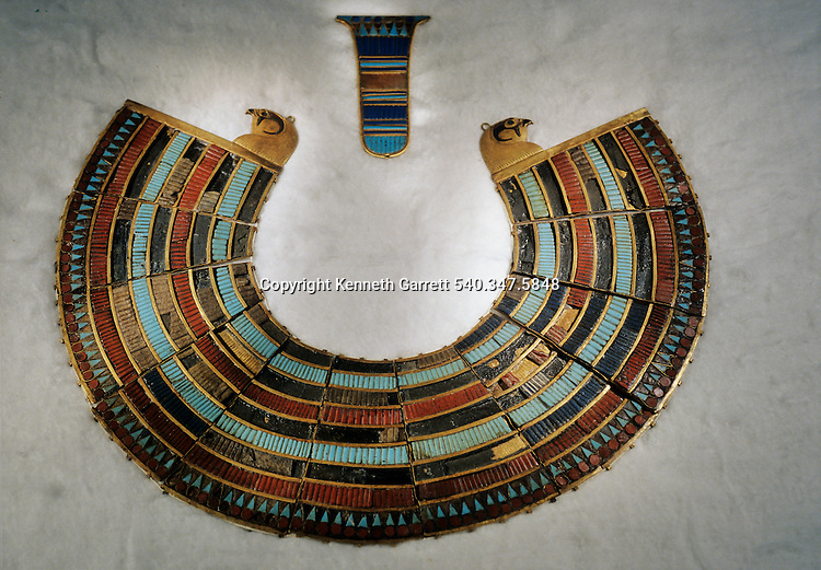 Brad collar with counter weight, inlaid, Tutankhamun and the Golden Age of the Pharaohs, Page 276