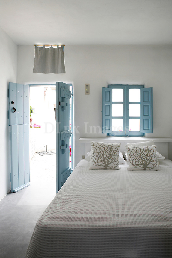 cycladic guest room