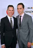 BEVERLY HILLS, CA. October 21, 2016: Actor Jim Parsons &amp; partner Todd Spiewak (left) at the 2016 GLSEN Respect Awards, honoring leaders iin the fight against bullying &amp; discrimination in schools, at the Beverly Wilshire Hotel.<br /> Picture: Paul Smith/Featureflash/SilverHub 0208 004 5359/ 07711 972644 Editors@silverhubmedia.com