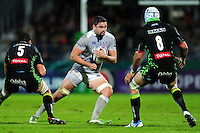Elliott Stooke of Bath Rugby in possession. European Rugby Challenge Cup match, between Pau (Section Paloise) and Bath Rugby on October 15, 2016 at the Stade du Hameau in Pau, France. Photo by: Patrick Khachfe / Onside Images
