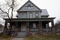 1984 March ..Conservation.Berkley 3....232 Hardy Avenue...NEG#.NRHA#..