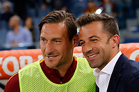 Calcio, Serie A: Roma vs Juventus. Roma, stadio Olimpico, 14 maggio 2017. <br /> Juventus' former player Alessandro Del Piero, right, greets Roma's Francesco Totti prior to the start of the Italian Serie A football match between Roma and Juventus at Rome's Olympic stadium, 14 May 2017. Roma won 3-1.<br /> UPDATE IMAGES PRESS/Riccardo De Luca