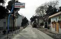 San Giovanni Rotondo.Insegne di negozi, che richiamano a Padre Pio.San Giovanni Rotondo.Shop signs which refer to Padre Pio.