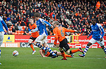 Dundee Utd v St Johnstone..26.12.12      SPL.Murray Davidson clean through on goal puts his shot wide.Picture by Graeme Hart..Copyright Perthshire Picture Agency.Tel: 01738 623350  Mobile: 07990 594431