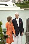Dolores H. Russ (left) and Fritz J. Russ © Ohio University