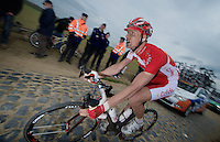 Paris-Roubaix 2012 ..trying to get back in between the support cars