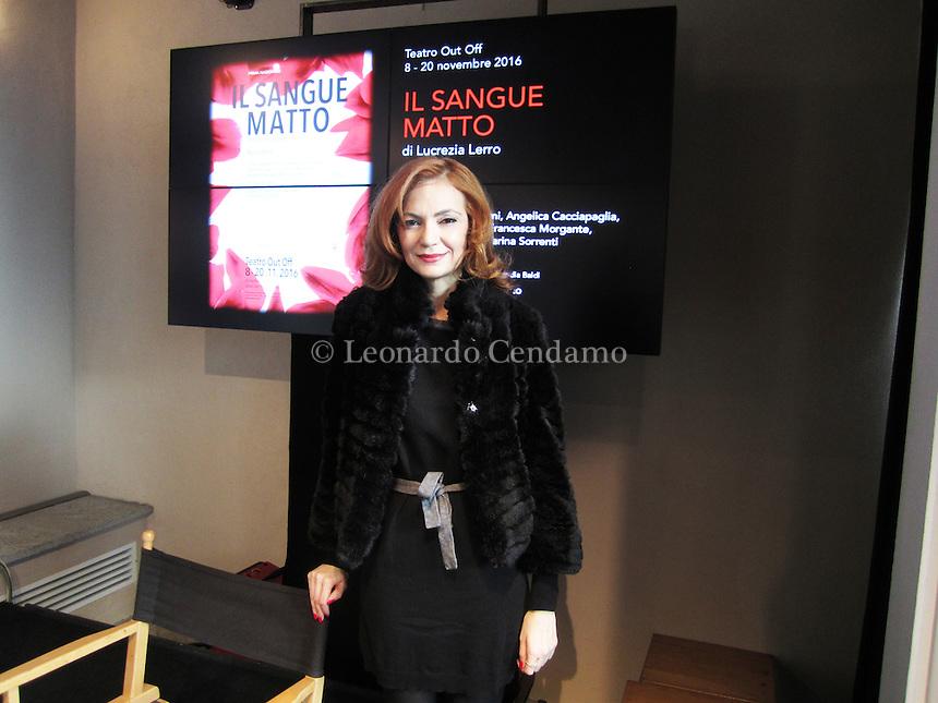 """Lucrezia Lerro, conferenza stampa al Piccolo Teatro di Mlano dello spettacolo """"Sangue matto"""". Regia di Nadia Baldi. Milano, 7 novembre 2016. © Leonardo Cendamo"""