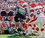 Oakland Raiders vs. Cleveland Browns at Oakland Alameda County Coliseum Sunday, September 24, 2000.  Raiders beat Browns  36-10.  Oakland Raiders running back Tyrone Wheatley (47).