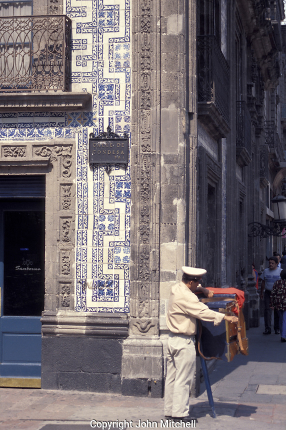 Stock photo of mexico city john mitchell stock photography for Casa de los azulejos villahermosa